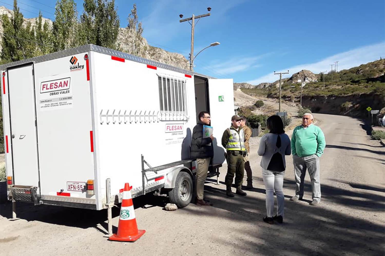 Flesan Obras Públicas cede vehículo para control sanitario en Chile Chico